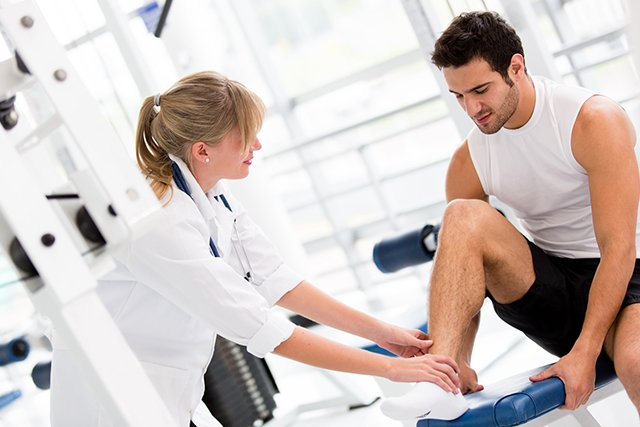 Sports injury treatment at our physiotherapy franchise.